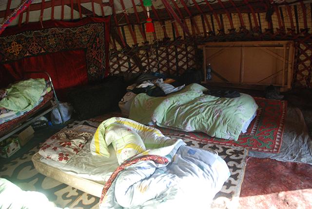 Kyrgystan 16 dagen binnenkant tent